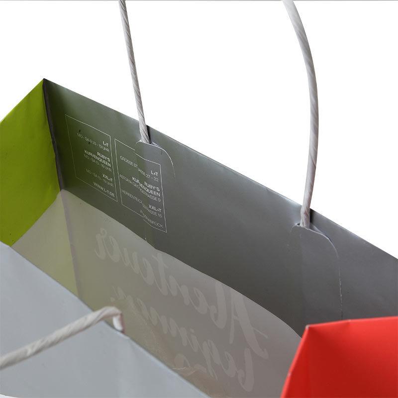 6-papiertasche-gedrehete-Kordel-Umschlag